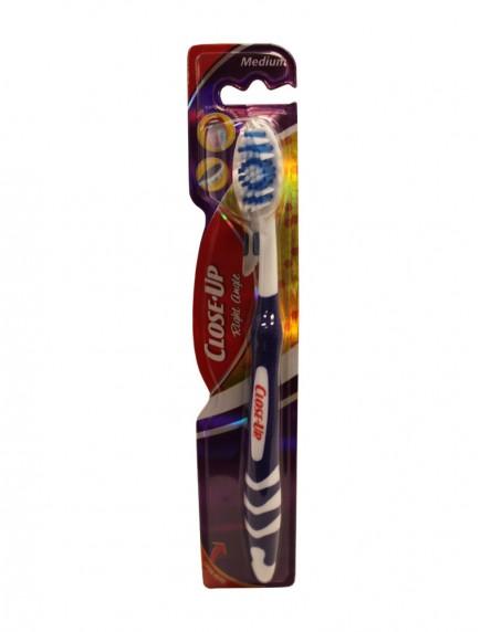 Close Up Right Angle Toothbrush 1 ct - Medium
